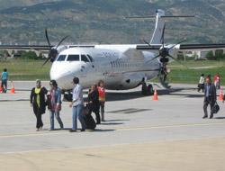 K.Maraş-Ankara Uçak Seferi Beş Güne Çıktı