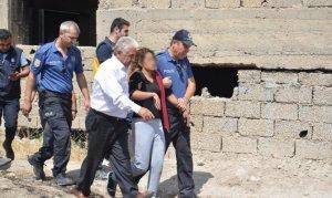 Kahramanmaraş'ta 5. kattan atlayan kadını itfaiye amiri kurtardı
