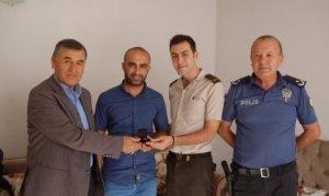 El Bab'da yaralanan Kahramanmaraşlı askere, malul gazi rozeti verildi