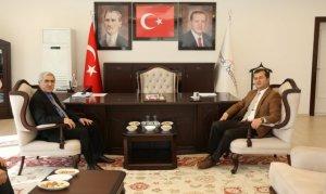 KSÜ Rektörü Can, Pazarcık'a çıkartma yaptı