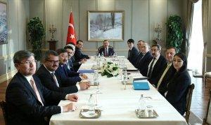 Cumhurbaşkanı Yardımcısı Oktay, Türk Konseyi Diaspora Bakanlar Heyeti'ni kabul etti