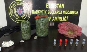Elbistan'da turşu bidonundan uyuşturucu çıktı