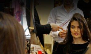Müşterinin saçını yakan kuaföre 3 bin lira ceza kesildi