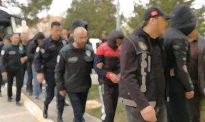 51 şüpheli asker gözaltına alındı