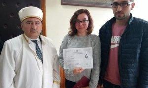 Ukrayna'lı Lıudmyla İhtida Töreniyle Müslüman Oldu