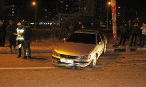 Kazaya karışan araç metrelerce sürüklendi