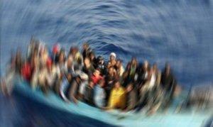 Akdeniz'de 12 göçmen hayatını kaybetti
