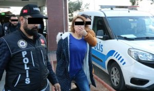 Uyuşturucu satmaktan 1'i kadın 3 kişi tutuklandı