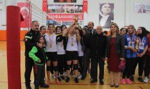 Voleybol Gençler Turnuvası Zorlu Mücadelesi bitti