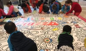 Minikler mandala boyama etkinliğinde yeteneklerini keşfetti