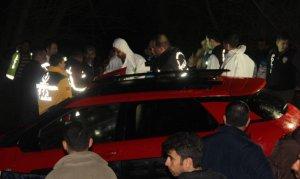 Otomobilden cenazeleri çıkarılan 3 gencin kimlikleri belirlendi