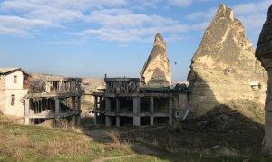 Peribacalarına yakın bölgede yapılan otel inşaatı durduruldu