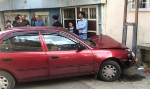 Fren yerine gaza basınca 7 kişiyi yaraladı