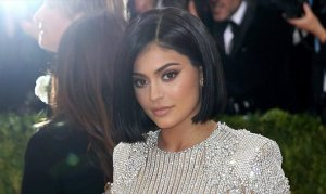 Dünyanın en genç milyarderi unvanı artık Kylie Jenner'ın