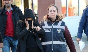 Kadın hırsızlar 3 kadın izinli polis tarafından yakalandı