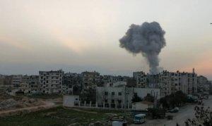 Rus uçakları İdlib'i vurdu! 5'i çocuk 10 sivil hayatını kaybetti