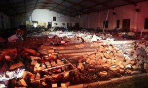 Güney Afrika'da kilise duvarı çöktü: 13 ölü