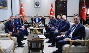 Oktay, Türkiye Belediyeler Birliği heyetini kabul etti