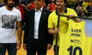 Ali Koç'tan İlker Ayrık'a teşekkür hediyesi