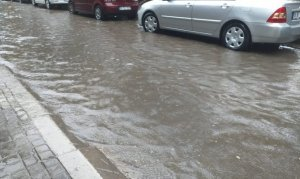 Başkent'te sağanak yağmur etkili oldu