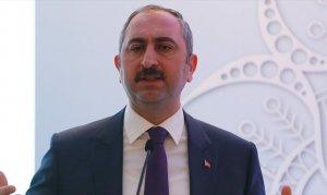 Türkiye'yi daha büyük bir hale getirmeye devam edeceğiz