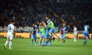 Trabzon spor Beşiktaş'a gol oldu yağdı