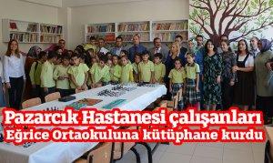 Pazarcık Hastanesi çalışanları Eğrice Ortaokuluna kütüphane kurdu