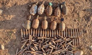 Teröristlerin kullandığı barınaklarda tuzaklanmış bomba ve mühimmat ele geçirildi