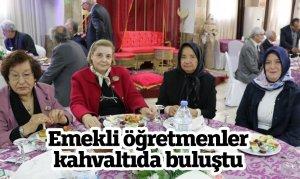 Kahramanmaraş'ta emekli öğretmenler kahvaltıda buluştu