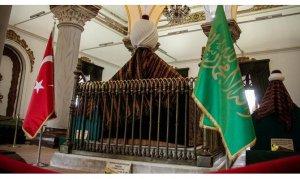 İlk 'Payitaht'taki padişah türbelerine ziyaretçi akını