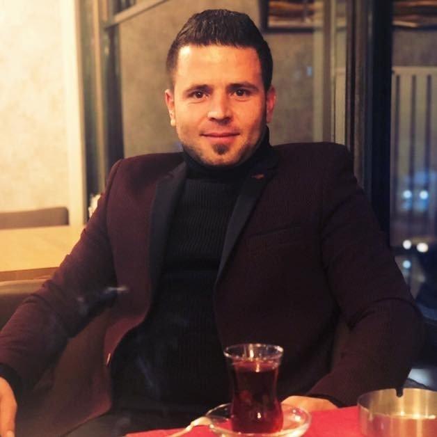 Elbistan'da araçların arasına sıkışan genç hayatını kaybetti