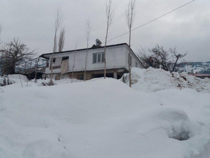 Karla mücadelenin adresi Çağlayancerit