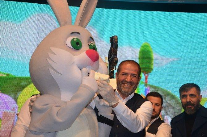 Akıllı Tavşan Momo'dan dondurma şov