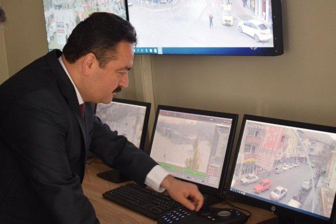 Başkan adayı Gürbüz trafik denetimine çıktı