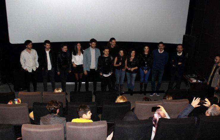 Kapan filminin oyunculu gösterimi yapıldı
