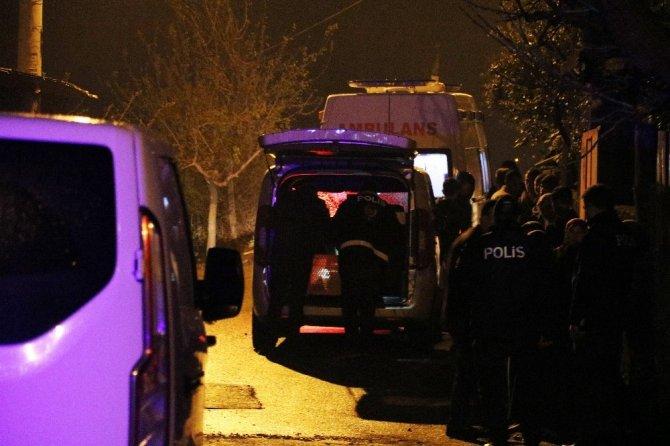10 yaşındaki kızının gözleri önünde öldürdü