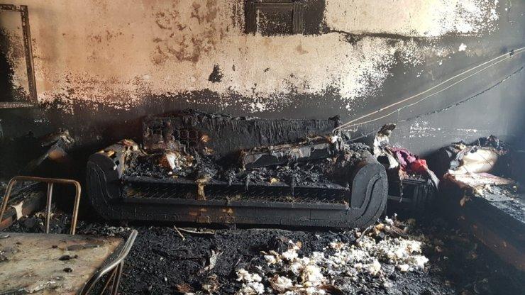 5 kişilik İşçan ailesinin evini yangın küle çevirdi
