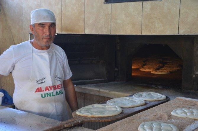 Kahramanmaraş'ta 260 derece fırının başında oruç tutuyorlar