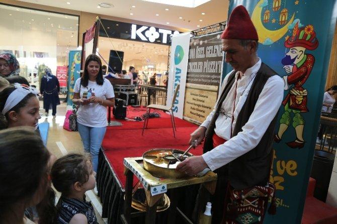 Hacivat ve Karagöz Kahramanmaraş'ta sahneleniyor