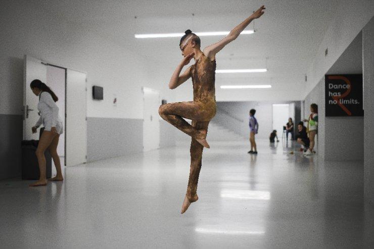 Dans yarışması sosyal mecrada başladı