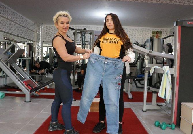 Lise öğrencisi 4 ayda 22 kilo verdi