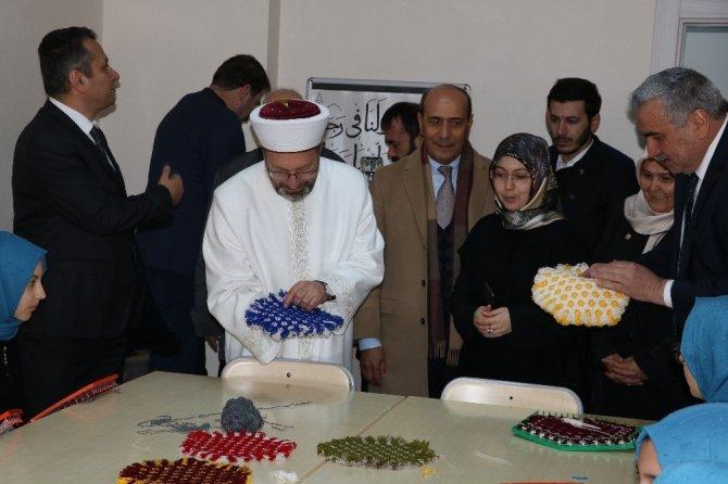 Diyanet İşleri Başkanı Erbaş, Kahramanmaraş'ta Kur'an kursu açtı