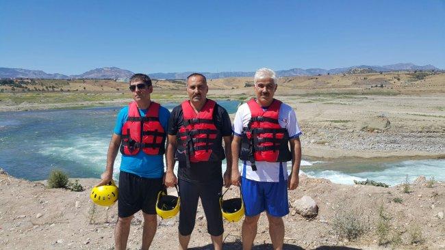 rafting-(1).jpeg