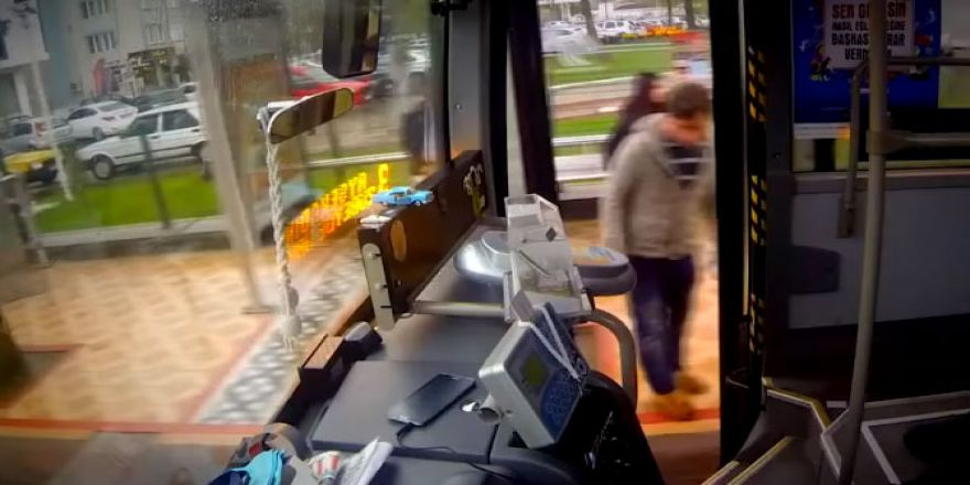 Otobüste Kentkart Basma Makinası Konuşursa!