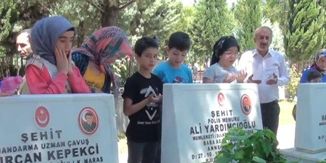 Kur'an Kursu Öğrencileri Şehitliği Ziyaret Etti
